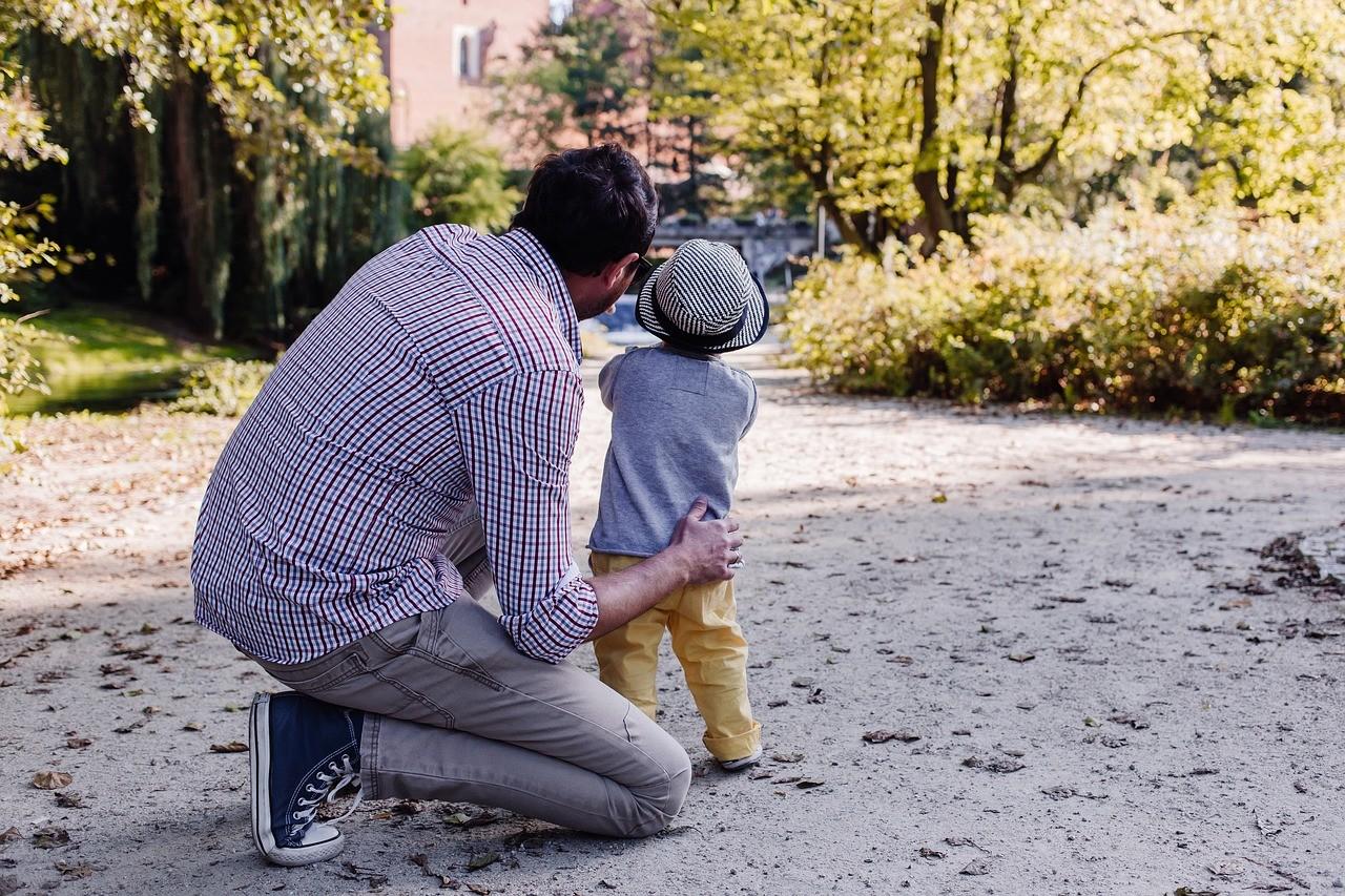 Diferencias entre la prueba de paternidad informativa y la judicial